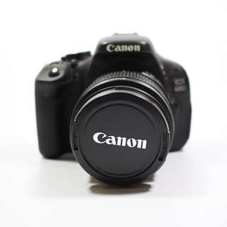 Very Good Condition Canon 600d+18-55mm Lens(380sgd)