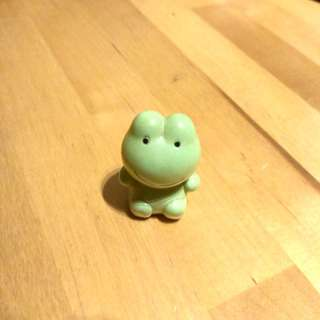Small frog figurine for decoration