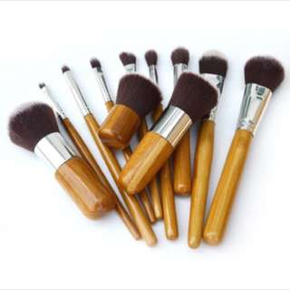 11 Piece Natural Bamboo Make Up Brush Set
