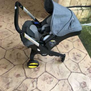 Donna carseat steoller