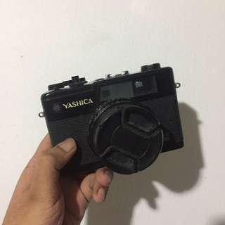 Yashica Electro 35 GX Rangefinder Film Camera