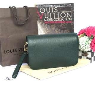 AUTH LOUIS VUITTON TAIGA GREEN CLUTCH BAG (0143454648)