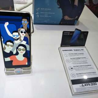 Samsung Galaxy A8 2/32gb 5.7inch - Black  Ktedit bisa