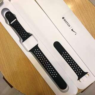 原裝 Apple Watch x Nike 42mm 黑色錶帶