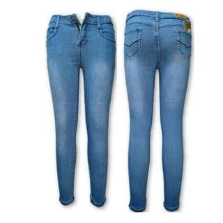 Low-waisted Light-blue Plain Jean