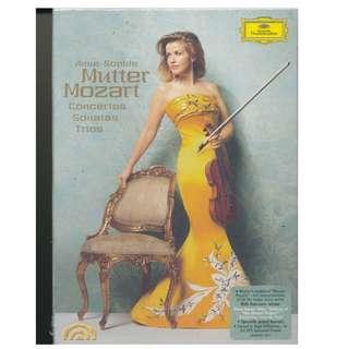 Anne-Sophie Mutter - Mozart Violin Concertos, Sonatas, and Trios (DVD + DVD Audio) (5 Discs) NEW