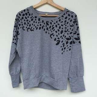 Women's top, leopard print, grey, free size