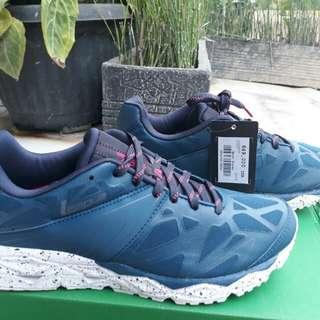 Sepatu olahraga running LEAGUE ghost runner m majolica