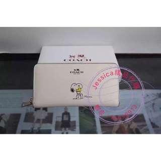 【Jessica】美國代購 COACH 史努比長夾  snoopy 53773 錢包 女包 拉鍊式 皮夾 白色