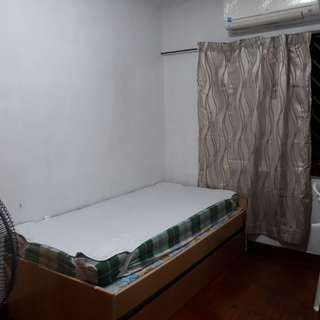 Queenstown (Stirling Road) room rental for 1 person