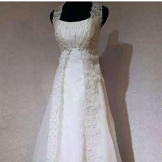 PreWedding簡約婚紗(送頭紗、全新耳環、手套、珍珠鍊)