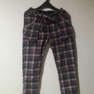 Jogger Pants (Square)