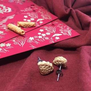 Love letters (Folded) Earrings