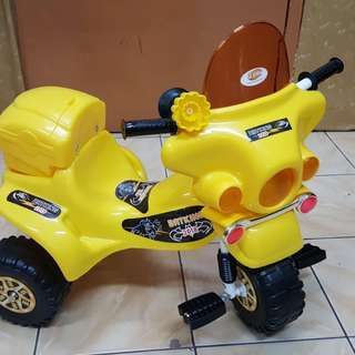 Readystok * Children Tricycle