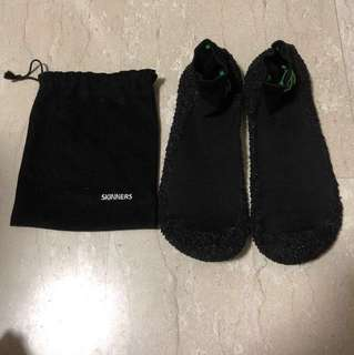 Skinner socks (Size L)