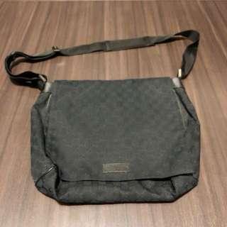 名牌Gucci 黑色斜揹袋 black sling bag 100% authentic