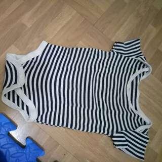 Jumper black stripes