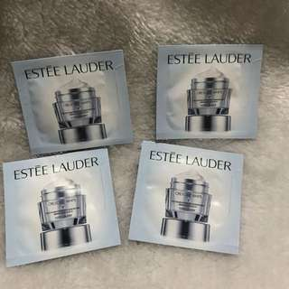 Estée Lauder sample kits