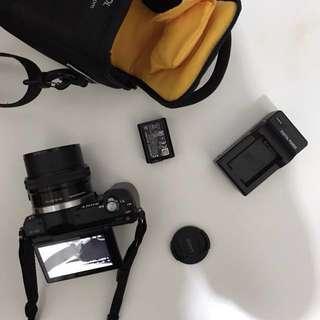 公司貨!SONY a5000+16-50MM 動變焦鏡 WIFI 翻轉螢幕 類單眼數位相機