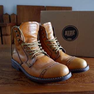 Sepatu Boots Kulit Ride Inc