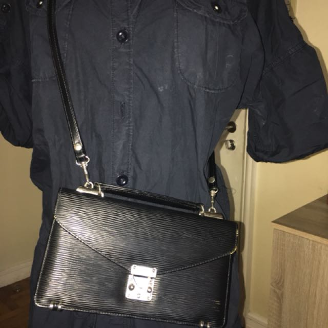 2 Way Sling Bag (no brand)