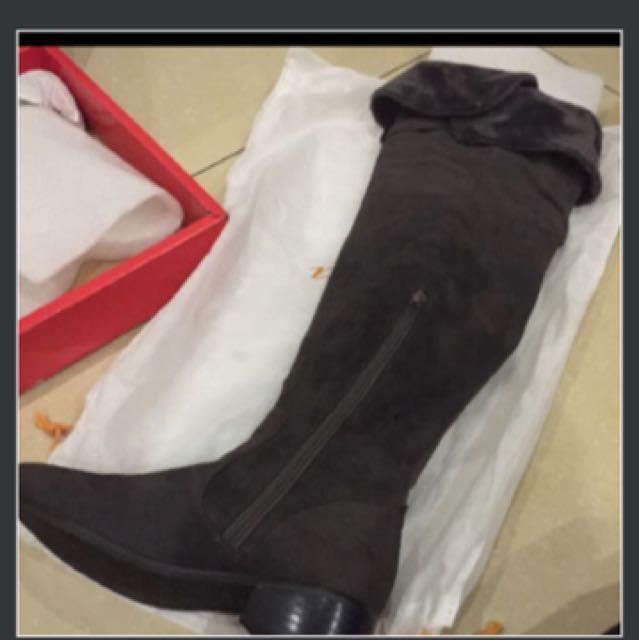 全新專櫃灰色長靴