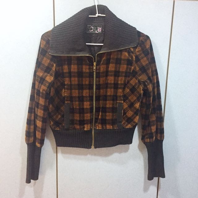 咖啡格紋絨布合身短版外套