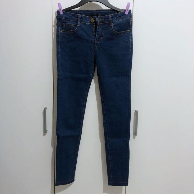 深藍顯瘦牛仔褲