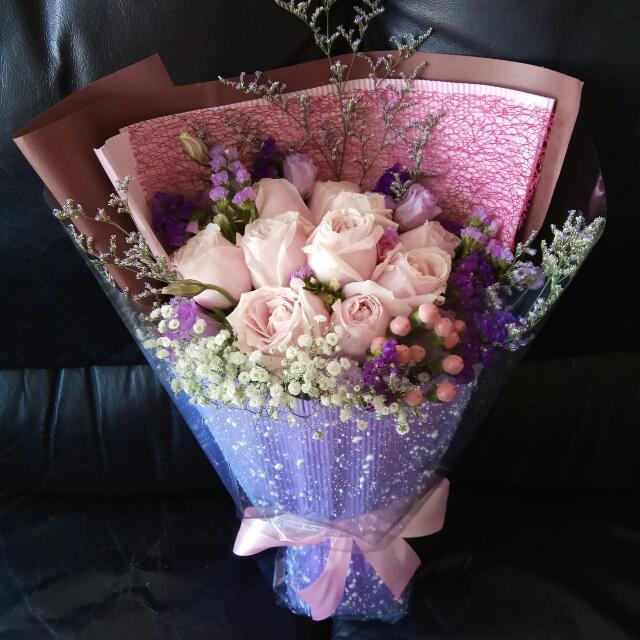 😍💐 玫瑰鮮花花束  $400  Fresh Flower Bouquet