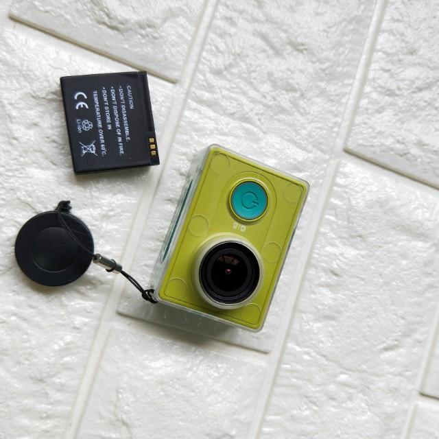 小蟻運動相機 電池2顆 保護殼一個