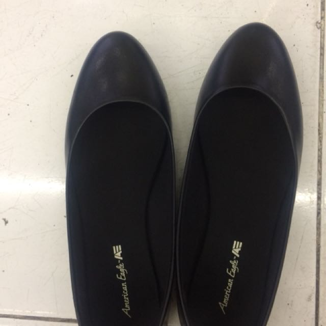 American Angle Black Flat Shoes