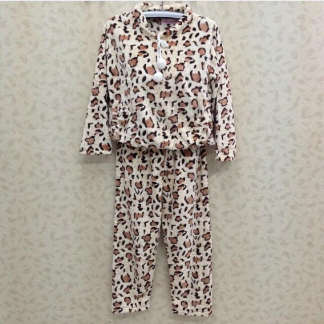 Setelan Baju Tidur Leopard Bahan Selimut Bulu Piyama Sleepwear