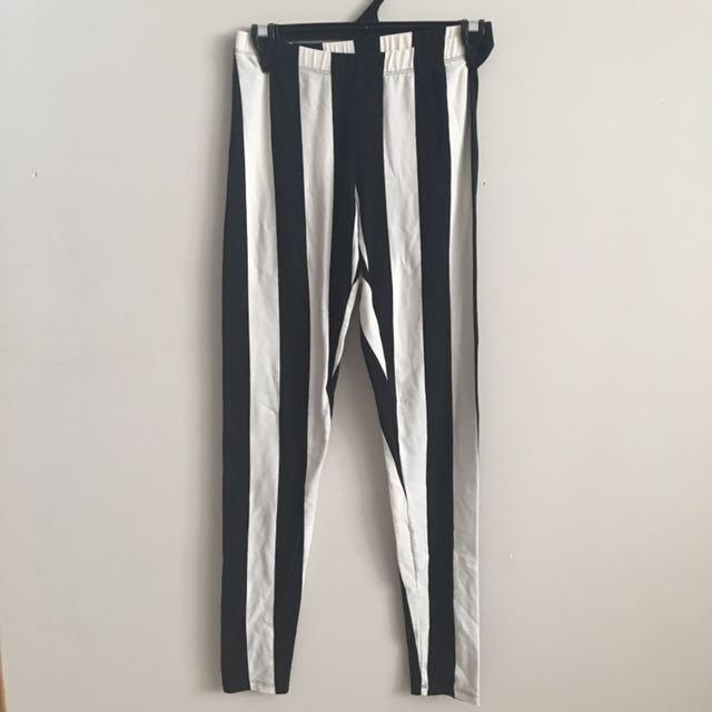 Black and white striped leggings Size 10