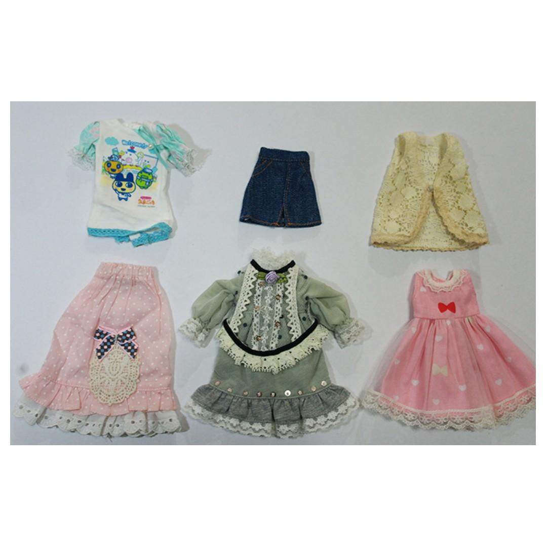 Blythe doll outfit lot/set