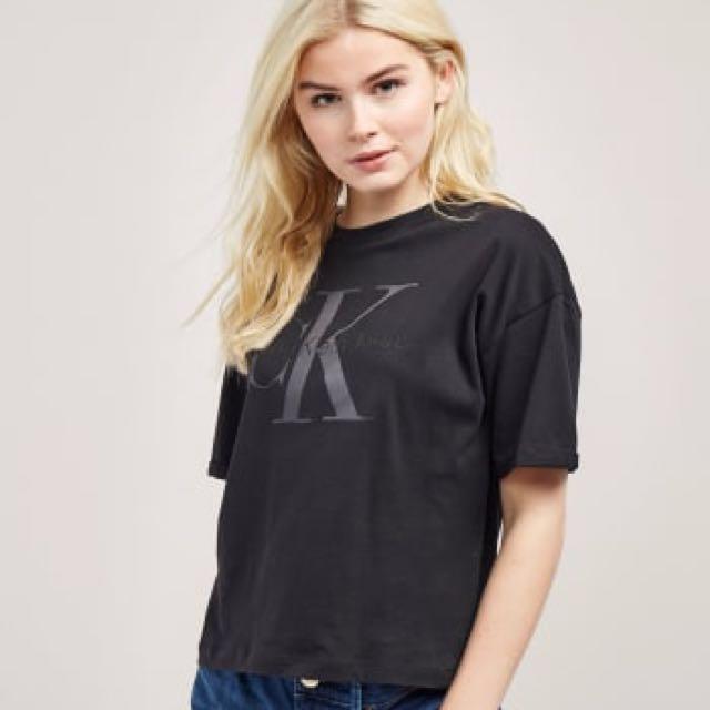 Calvin Klein Tshirt BNWT