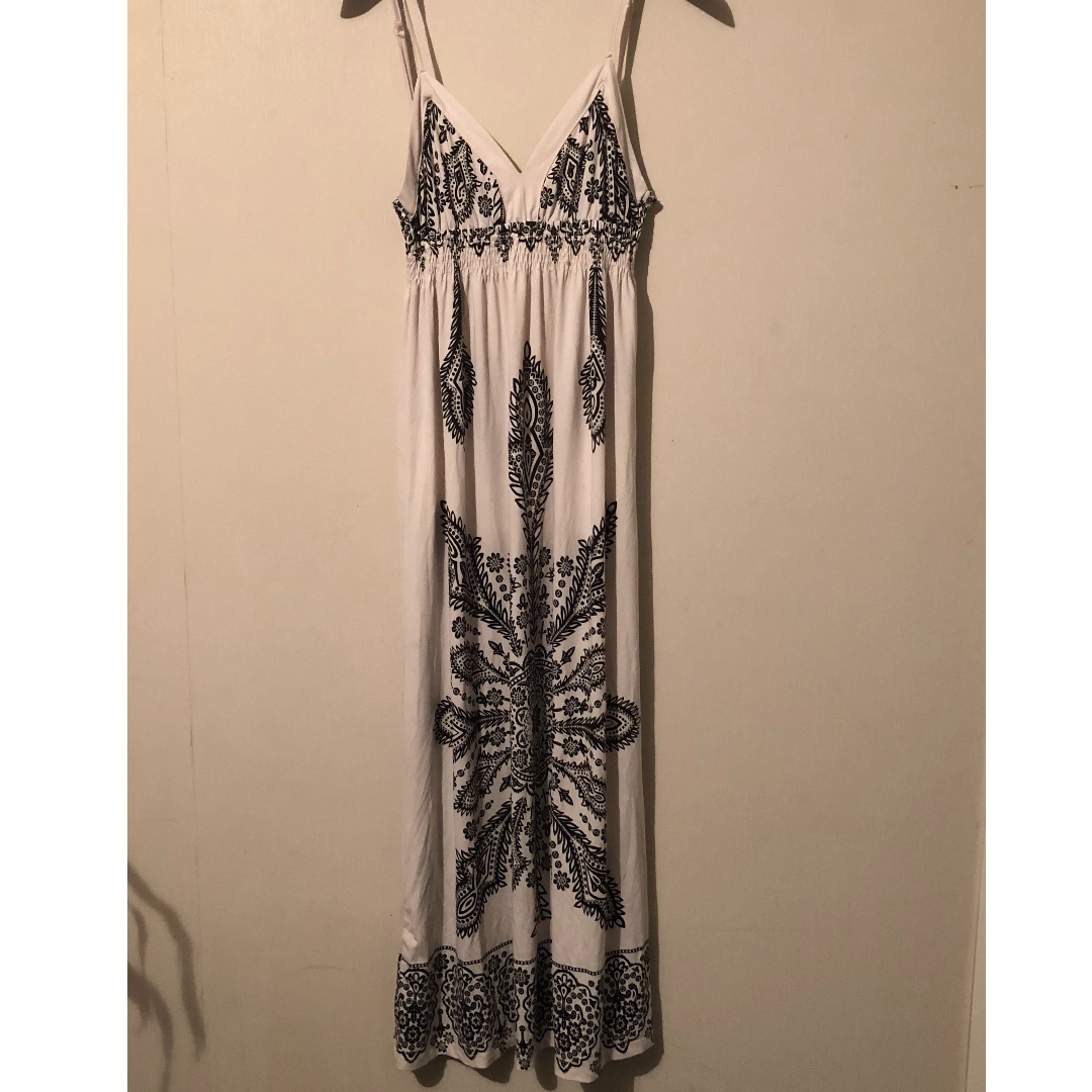 Caroline M Morgan - Sleeveless black and white maxi dress (Size 8)