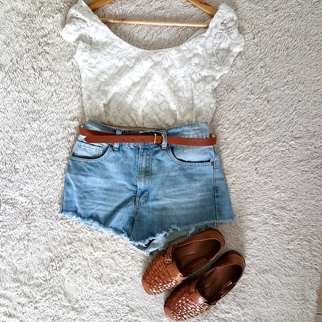 Charlotte Russe white lace Croptop