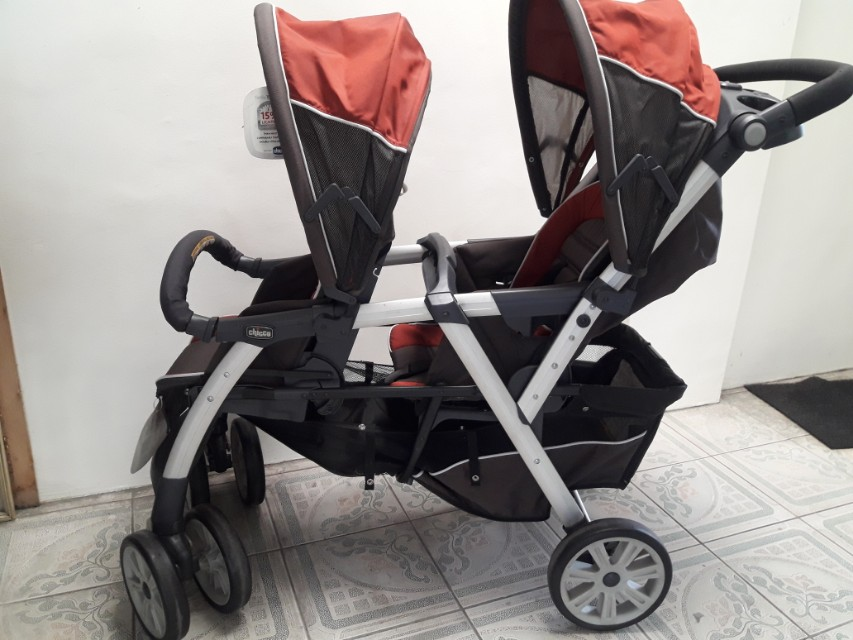 Chicco Cortina Together twin stroller