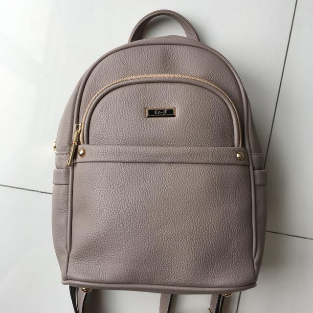 en-ji palomino laura backpack in khaki