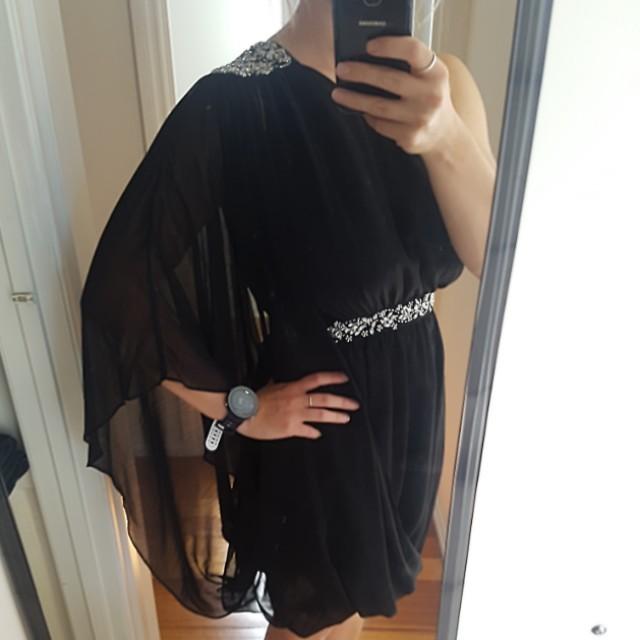 Forever New black dress size 10