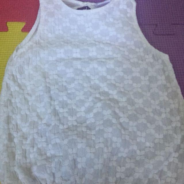 girls white sleeveless blouse(cotton)