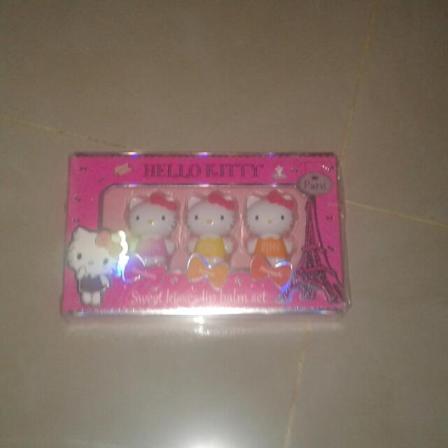 Hello Kitty Lip Balm Set