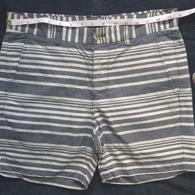 H&M stripes shorts