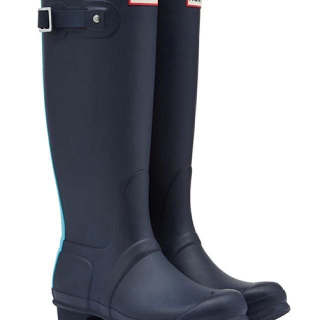 Hunter Navy Tall Boots with blue stripe size 7