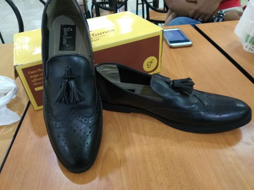 Jual sepatu casual kulit - nego sampe jadi 44dad2ac0f