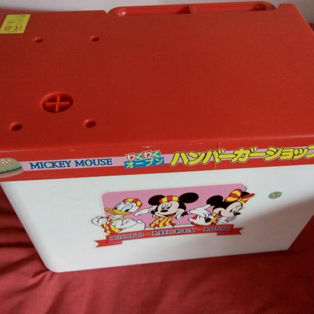 Mickey Mouse Mini Food Store