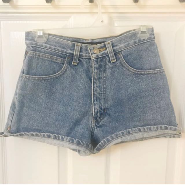 Mid/high rise shorts