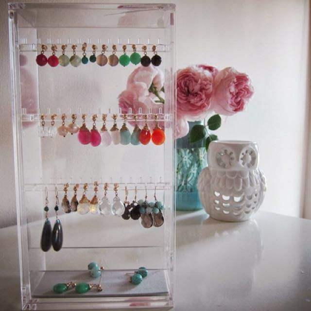 Muji Acrylic Earring Stand Health Beauty Perfumes Nail Care Others On Carou