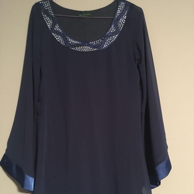Navy blue jewel long top