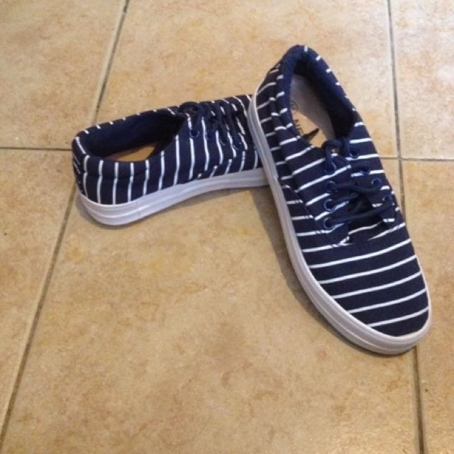 Nevada shoes
